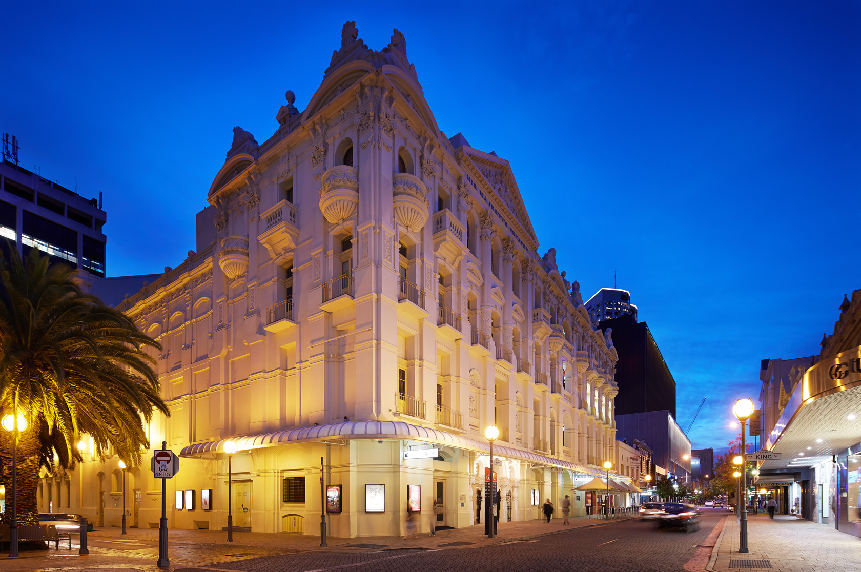 His Majesty's Theatre exterior at night